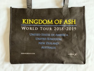 Tour tote bag back